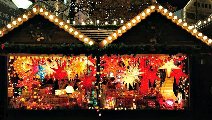 Vivez la magie de Noël en visitant le village de Noël de Rennes